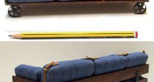 1:12 scale sofa. MATERIALES: Madera de Haya - Tejido Jeans - Metal - Piel. MED...