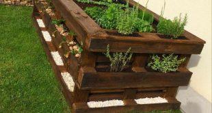 Paletten DIY Hochbeetgarten #hochbeet #paletten #paletten #hochbeet #garten #diypallet #WoodWorking