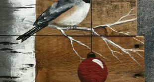 Weihnachtsschild, weiße Birke, rote Glühbirne, natürliche Holz Palette Kunst, von Hand bemalt weiße Birke, Weihnachtsdekor, Upcycled, Wandkunst, beunruhigt